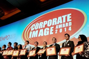 20140604_JV_Garuda-Corporate-Image-Award-03-640x426